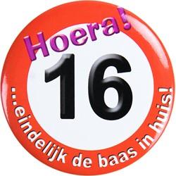 Button Hoera 16 !