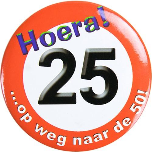 Button Hoera 25!